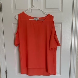 Chaus Coral Top